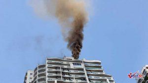 Cháy tầng 25 Chung cư trên phố Hoàng Hoa Thám