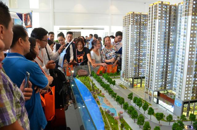 Tái khởi động mạnh mẽ để kích cầu thị trường bất động sản - Ảnh 1.