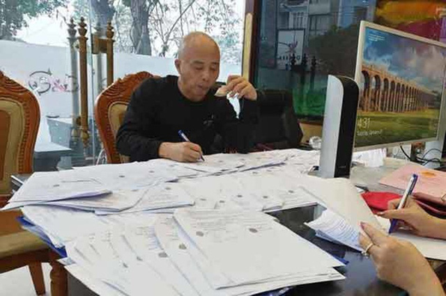 Công an Thái Bình thông tin về việc vợ chồng Đường Nhuệ thao túng, thông đồng trong đấu giá đất - Ảnh 1.