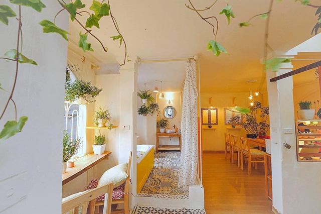 Cải tạo tầng thượng cũ kỹ thành không gian sống vintage lãng mạn - Ảnh 16.