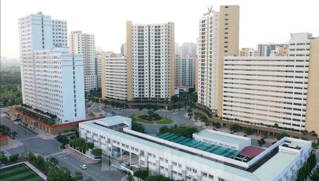 TPHCM đề xuất sáp nhập 3 quận, 19 phường - Ảnh 1.