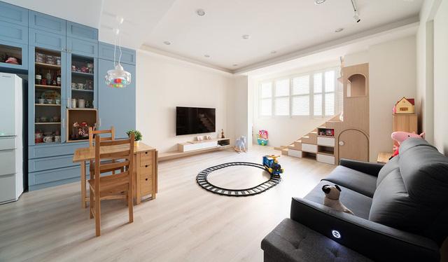 Vợ chồng trẻ quyết tâm cải tạo nhà thành nơi an toàn cho con - Ảnh 1.
