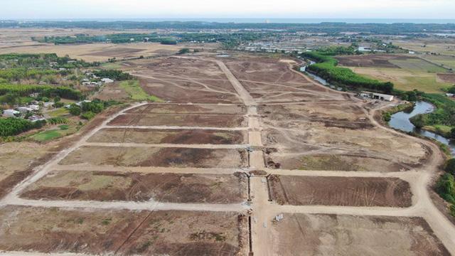 Cận cảnh khu đất ở Bà Rịa-Vũng Tàu đang bị kiểm tra vì bán đất nền kiểu Alibaba  - Ảnh 11.