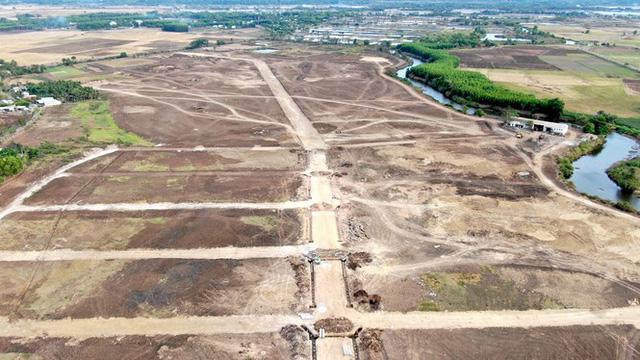 Cận cảnh khu đất ở Bà Rịa-Vũng Tàu đang bị kiểm tra vì bán đất nền kiểu Alibaba  - Ảnh 12.