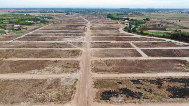 Cận cảnh khu đất ở Bà Rịa-Vũng Tàu đang bị kiểm tra vì bán đất nền kiểu Alibaba  - Ảnh 17.