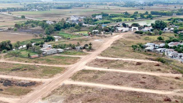 Cận cảnh khu đất ở Bà Rịa-Vũng Tàu đang bị kiểm tra vì bán đất nền kiểu Alibaba  - Ảnh 4.