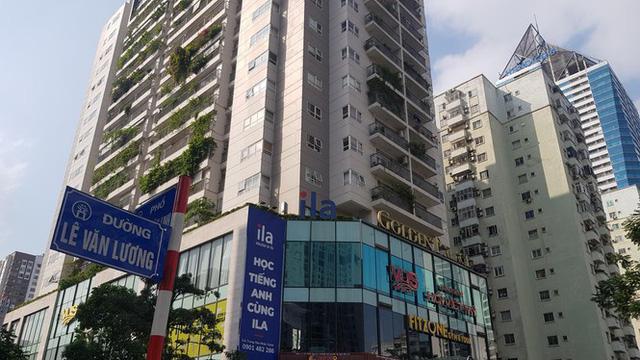 Cận cảnh khu đất công làm bãi xe biến hình thành cao ốc ở Hà Nội - Ảnh 4.