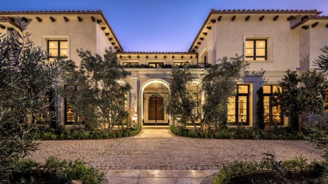 3 căn nhà triệu đô bất ngờ được rao bán giữa đại dịch - Ảnh 4.