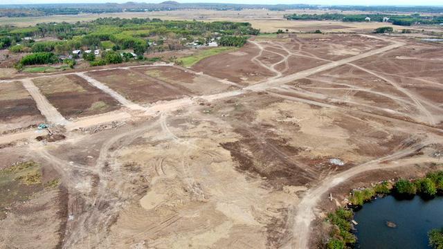 Cận cảnh khu đất ở Bà Rịa-Vũng Tàu đang bị kiểm tra vì bán đất nền kiểu Alibaba  - Ảnh 31.