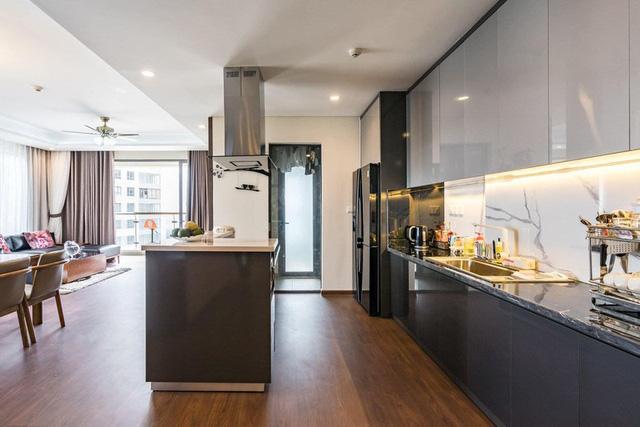 Căn hộ chung cư tông màu xám bền đẹp theo thời gian - Ảnh 5.
