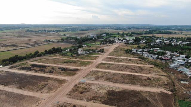 Cận cảnh khu đất ở Bà Rịa-Vũng Tàu đang bị kiểm tra vì bán đất nền kiểu Alibaba  - Ảnh 5.