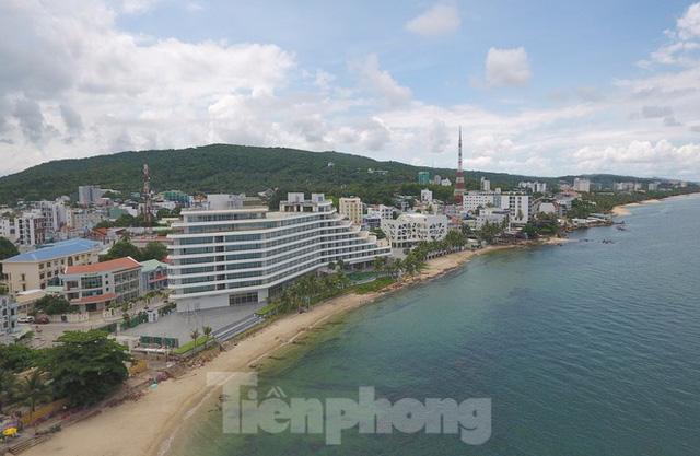 Nhìn từ trên cao đảo ngọc Phú Quốc bị 'băm nát' do buông lỏng quản lý - Ảnh 6.