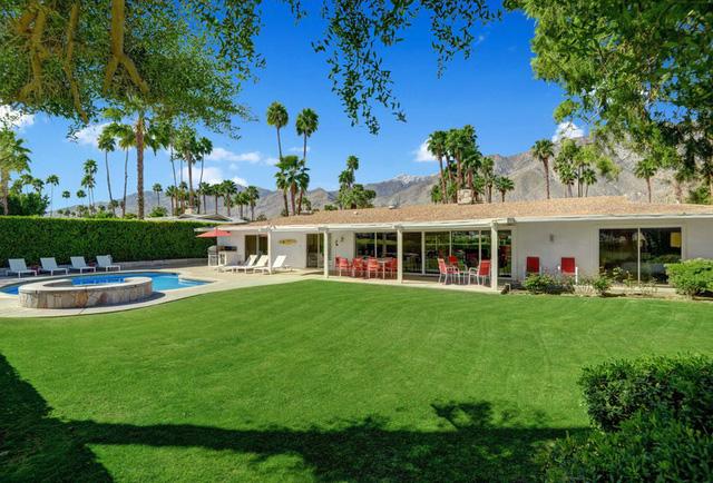 """Khám phá căn nhà trong mơ"""" của Disney đang rao bán giá 1,1 triệu USD - Ảnh 6."""