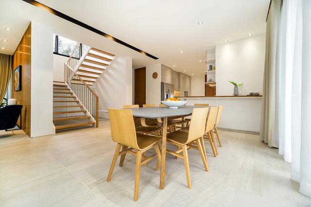 Ấn tượng thiết kế của ngôi nhà làm bằng gỗ và bê tông - Ảnh 7.