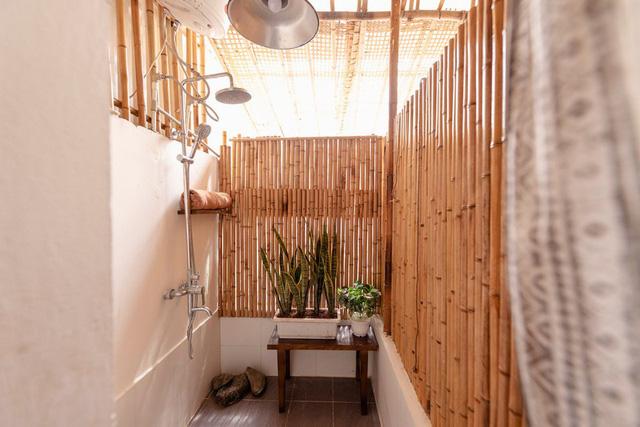 Phù phép tầng tum của nhà ống cũ thành không gian sống tuyệt đẹp - Ảnh 10.