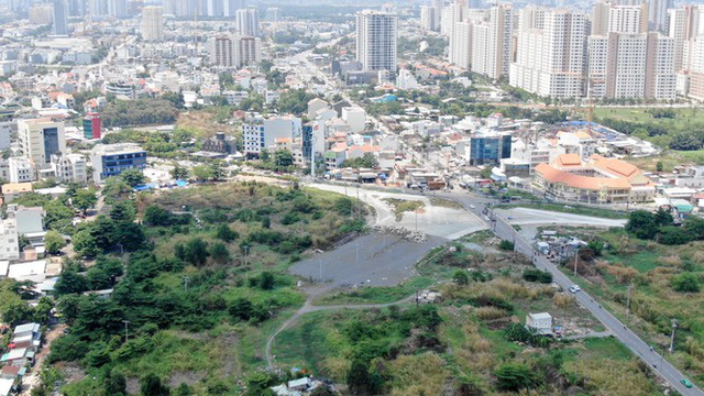 Cận cảnh khu đất 4,3ha ngoài ranh quy hoạch Thủ Thiêm người dân được hoán đổi - Ảnh 10.