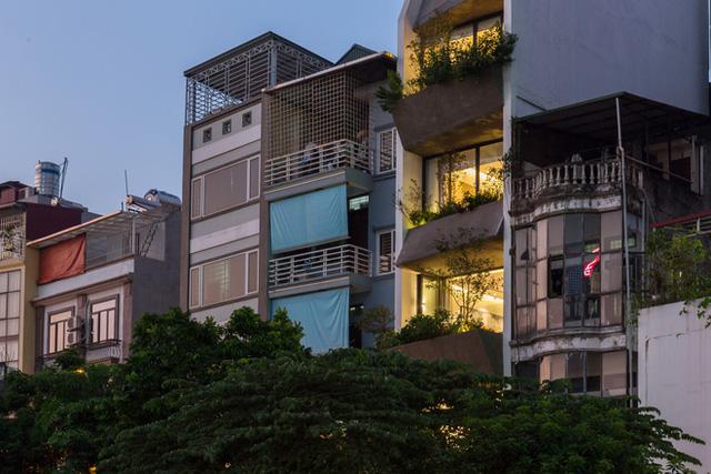 Ngôi nhà 49m2, 3 thế hệ cùng chung sống tại Hà Nội được giới thiệu trên báo Mỹ - Ảnh 3.