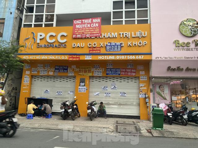 Nhà phố tiền tỷ thi nhau đóng cửa, treo biển cho thuê ở trung tâm Sài Gòn - Ảnh 14.