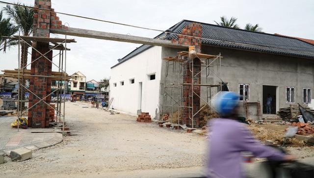 Đề nghị xử lý doanh nghiệp 'thổi phồng' nhà ở thành dự án bất động sản cao cấp - Ảnh 3.