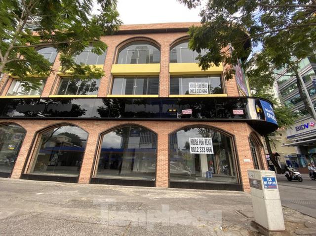 Nhà phố tiền tỷ thi nhau đóng cửa, treo biển cho thuê ở trung tâm Sài Gòn - Ảnh 21.