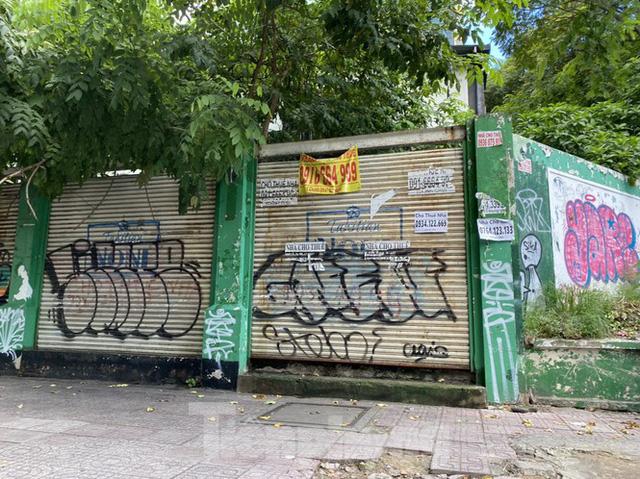 Nhà phố tiền tỷ thi nhau đóng cửa, treo biển cho thuê ở trung tâm Sài Gòn - Ảnh 23.