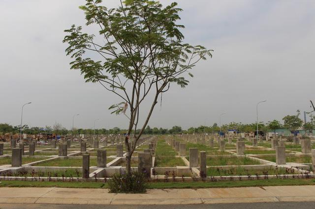 Công ty Vạn Phát Hưng xây 'chui', bán 'lụi' hàng trăm nền đất ở dự án Nhơn Đức - Ảnh 4.