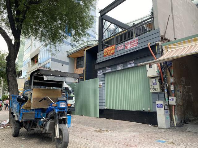 Nhà phố tiền tỷ thi nhau đóng cửa, treo biển cho thuê ở trung tâm Sài Gòn - Ảnh 8.