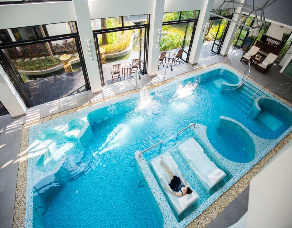 bể bơi bệnh viện hồng ngọc